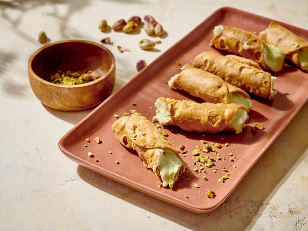 sicilian-cannoli-pistachio-nuts-orange